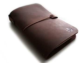 MIDORI passport size - Cahier pocket size - FIELD notes leather cover in Deep Burgundy