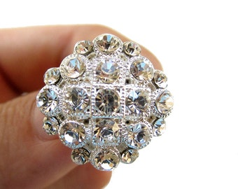 20 Square Rhinestone buttons for Wedding Invitation Card Hair Accessories Scrapbooking Ring Pillow  RB-035 (20 by 20mm or 0.8 by 0.8 inch)