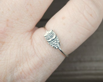 Wire Ring Spinning Tiny Owl Non Tarnish Silver Plated Wire Adjustable