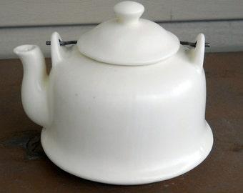 Vintage Retro Teapot Minimalist White Kitchen Decor