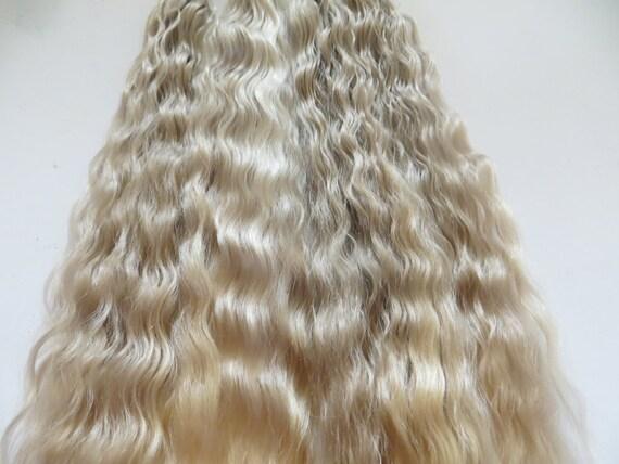 Doll Hair / Blythe / Rooting / Wig / Champagne Blonde / Barbie / Doll Restoration (F-4)