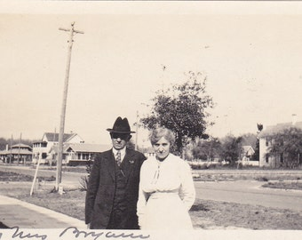 Vintage Photo - A Lovely Couple - Vintage Photograph, Vernacular, Found Photo  (PP)