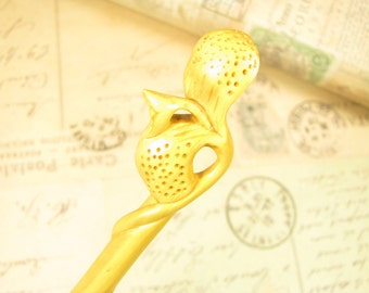 Exquisite Boxwood Hair Stick / Shawl Pin