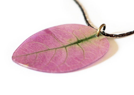 Pressed Flower Necklace - Bougainvillea - pink flower - pink leaf - pressed flower jewellery