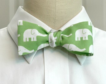 Men's bow tie in green with white elephants (self-tie)