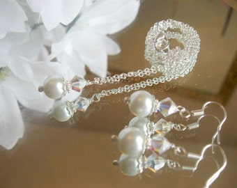 Swarovski Crystal AB and Pearl Pendant Chain Necklace and Earring Set - Bridesmaid or Brides Jewelry Set/Wedding Jewelry Set