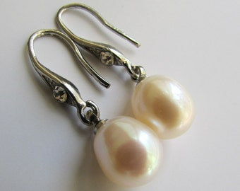 Lovely White Rice Fresh Water Pearl with Crystal Dangle Silver Drop Earrings