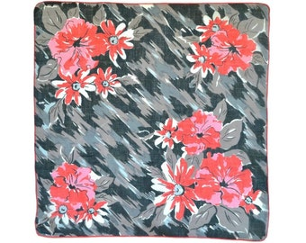 RETRO HANKIE, Cherry Red Abstract Flowers on Field of Grey Black Brush Strokes, Linen, Impressionistic, Hand Rolled Hem, Excellent Condition