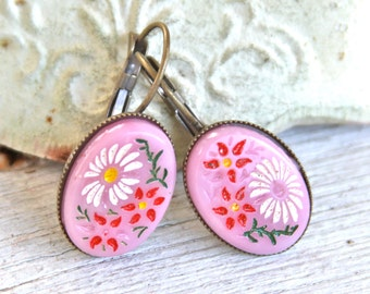 Vintage Pink and Red Carved Japanese Daisy Flower Oval Glass Antique Brass Lever Back Drop Dangle Earrings - Bridesmaids, Wedding