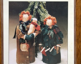 Winter Raggedys Ann and Andy Craft Decor Sewing Pattern DeCuyper Trading Co