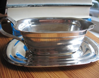 Silverplated copper Reed and Barton MAYFLOWER PATTERN Sauce Boat and Tray 1940s