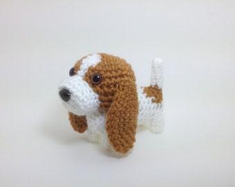 Basset Hound Crochet Dog Stuffed Animal Puppy Handmade Amigurumi Doggie Plush Doll / Made to Order