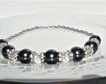 Navy Blue Pearls And Clear Crystals Necklace, Prom Style, Neoclassical Style, Hollywood Regency Style, Elegant Necklace