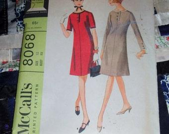 "Vintage 1965 McCalls Dress Pattern 8068 Sz  12, Bust 32"", Waist 25"", Hip 34"""