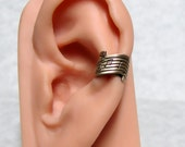 Musical Note Ear cuff