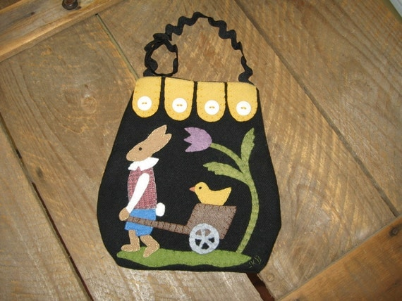 Easter Wool Applique Ditty Bag Peter Rabbit and Peep
