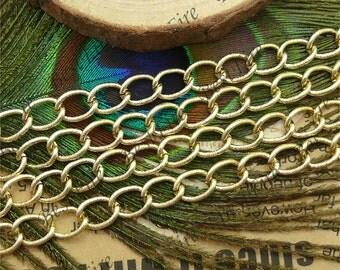 5 ft of  Light Gold Texture Twist Chain Metalic Aluminium Open LInks Chain --7x9mm  Aluminium chain