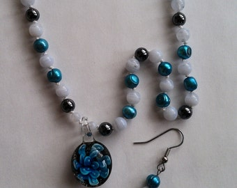 Agate, Potato Pearl and Hematite Necklace and Earrings