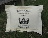 "Pillow Case ( 2 Shams) - Flanged - Grain Sack - French Script - ""Famille et Amis"""