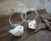 SILVER PEEK &  round hook bird earrings with special hook, creoles (1517)