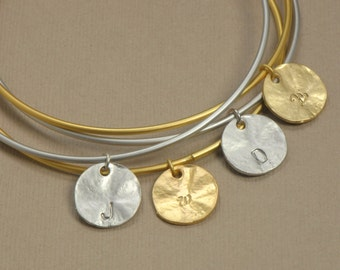 SINGLE Personalized Initial Disc Bangle, Personalized Jewelry, Initial Bracelet, Bridesmaid Jewelry, Mother Jewelry
