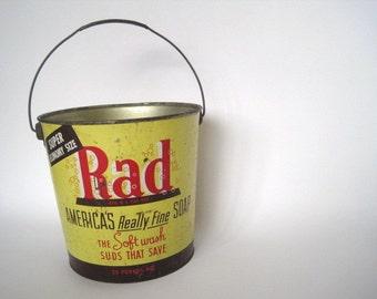 Vintage  Laundry Detergent Bucket  RAD / Rust  Industrial    Farmhouse Mid Century    Vintage Advertising