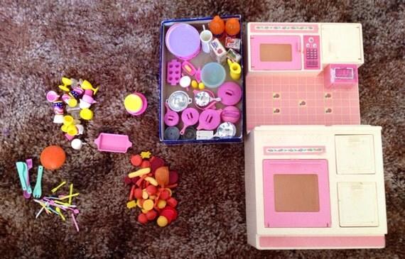 Items similar to vintage barbie kitchen set on etsy for Barbie kitchen set 90s