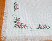 Delicate Roses Cross Stitch Mat/ Table Topper