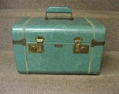 Seafoam Green TownCraft Train Travel Cosmetic Overnight Case For Travel, Repurpose Craft Project, Storage, Display Retro Luggage