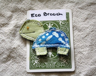 Turtle Brooch, pin back button, pin: Eco friendly, Upcycled