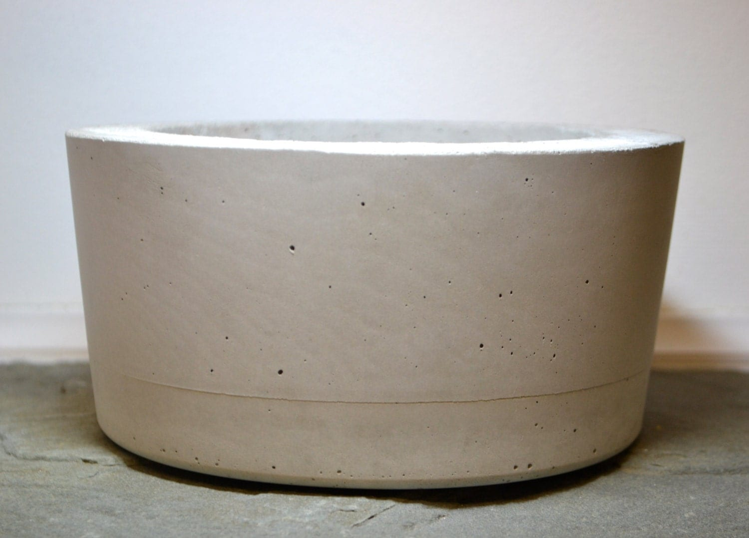 Large concrete planter cement planter concrete by Concrete planters