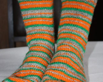27 cm /// 10,6 inches Hand Knitted Socks - Mens Gifts - Christmas Stocking - US Men 9 /// US Women 10,5 /// EU 43