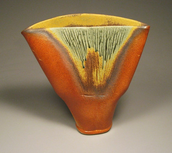 Burnt Orange and Sage Green Fanned Out Vase by NicePots on Etsy