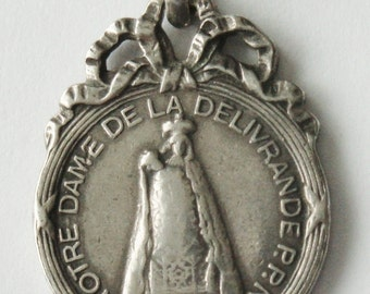 Our Lady of Deliverance Vintage Religious French Religious Medal Pendant on 18 inch sterling rolo chain