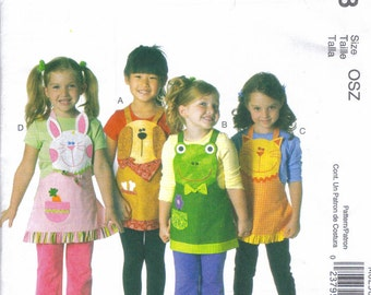 Child's Apron Girl's Apron pattern McCall's 6298 four different Animals sizes 3,4,5,6,7,8