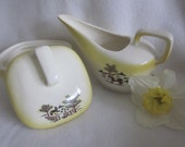 Yellow Farmhouse Sugar and Creamer Country Charm Grant Crest