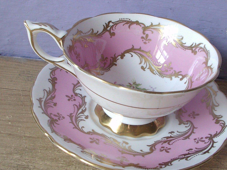 vintage pink tea cup and saucer set royal by shoponsherman. Black Bedroom Furniture Sets. Home Design Ideas