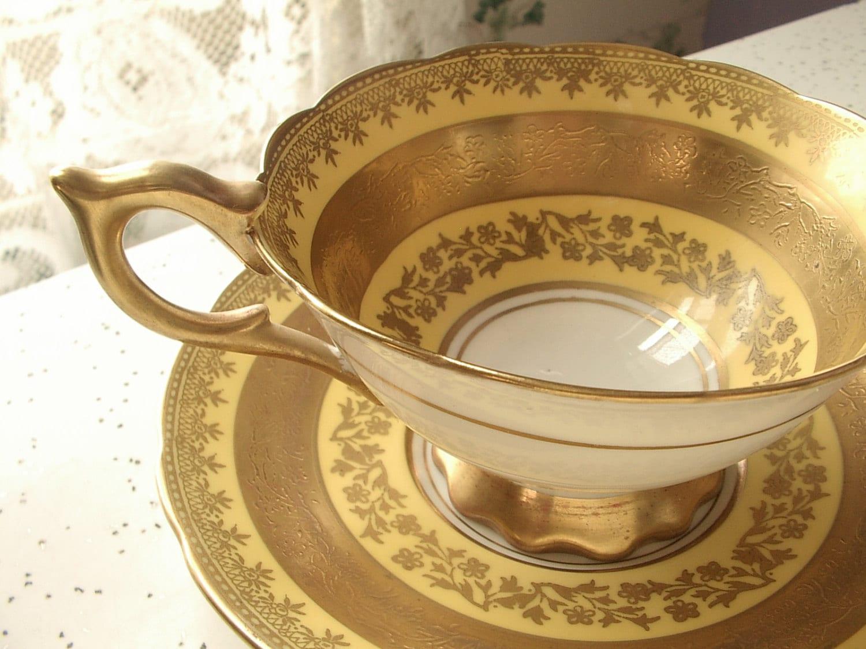 vintage gold tea cup and saucer set royal by shoponsherman on etsy. Black Bedroom Furniture Sets. Home Design Ideas