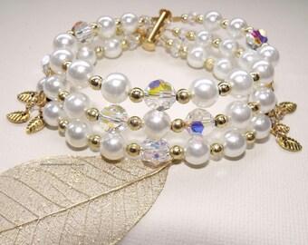 Pearl and Swarovski Bridal bracelet in white or ivory
