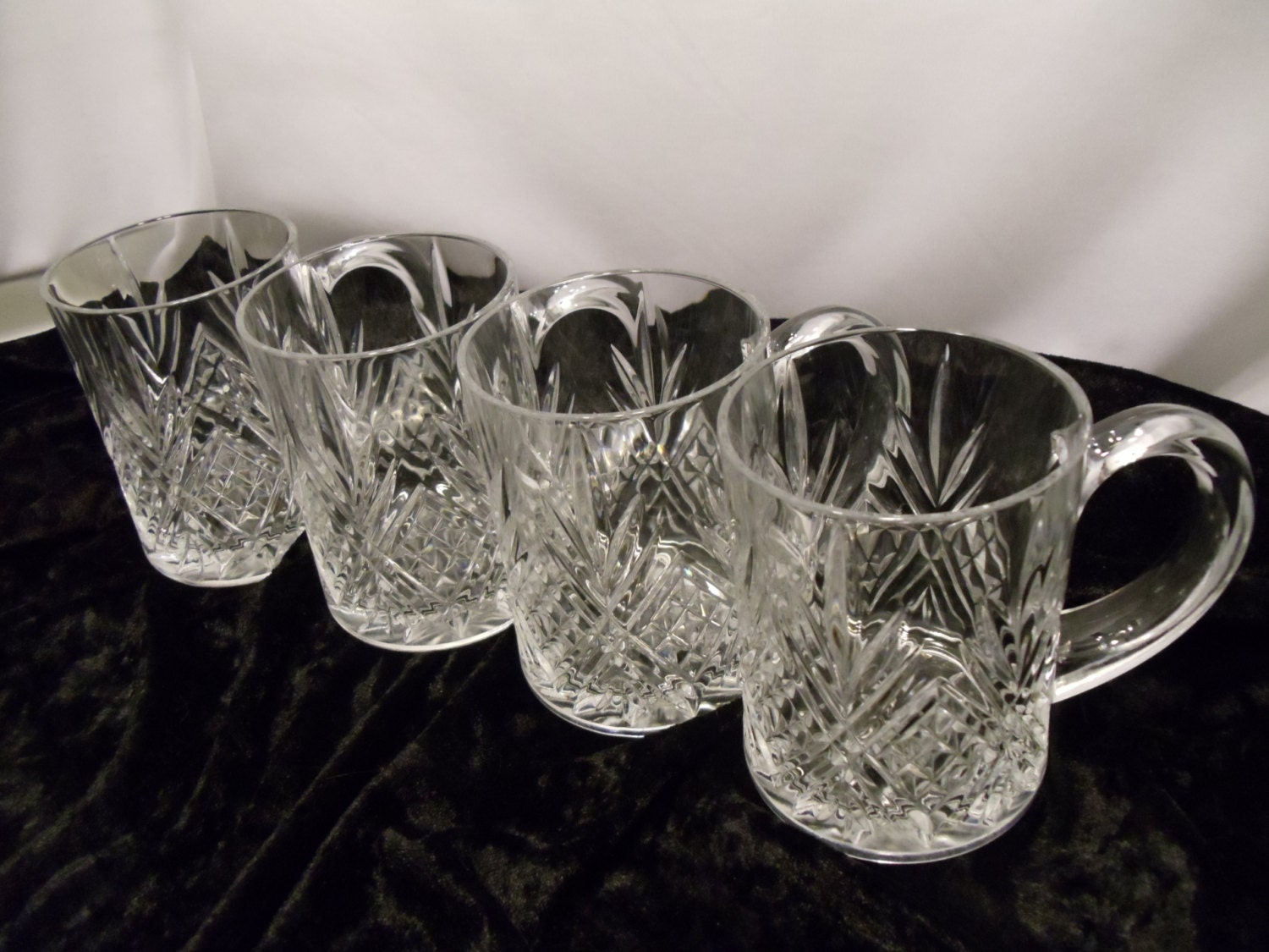 Beautiful Cut Clear Crystal Glass Cup Mugs Set Of 4