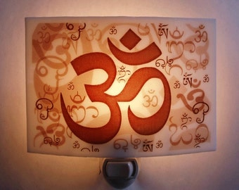OM  nightlight
