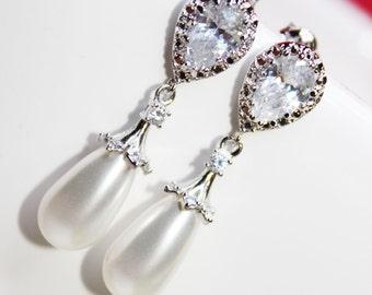 Rhinestone Pearl Drop Bridal Earrings, Cubic Zirconia Wedding Earrings, Bridesmaid Earrings, Everyday Jewelry