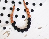 Nursing Necklace / Teething necklace for mom to wear / KangarooCare - solid black