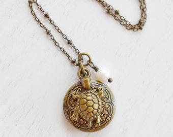 Turtle Locket Necklace,Sea Turtle Locket Jewelry,Baby Tortoise Locket,Bridesmaid Gift,BFF,Turtle Charm Necklace,Ocean Turtle Dainty Locket,