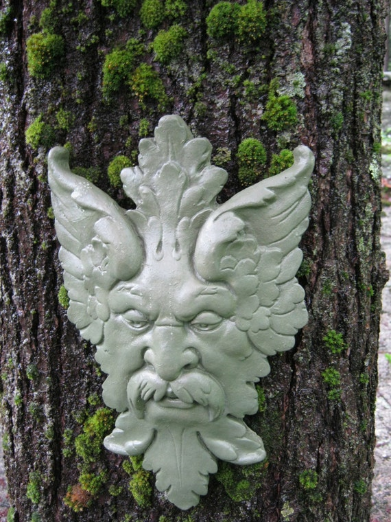 Green Man, Garden Decor Hanging Face, Concrete Garden Faces, Cement Man Of  The Forest, Cast Stone Face Of Tree Man Colored Green