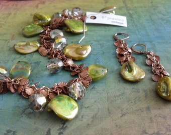 Chartreuse SHELL & COPPER Beaded Bracelet and Earrings SET // Shell Charms // Lime Green // crystal // Unique // Gift for Her // Giftboxed