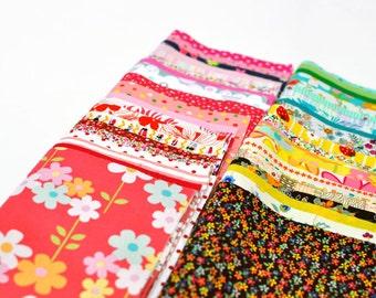 Fabric Bundle of 30, 20x25cm per piece