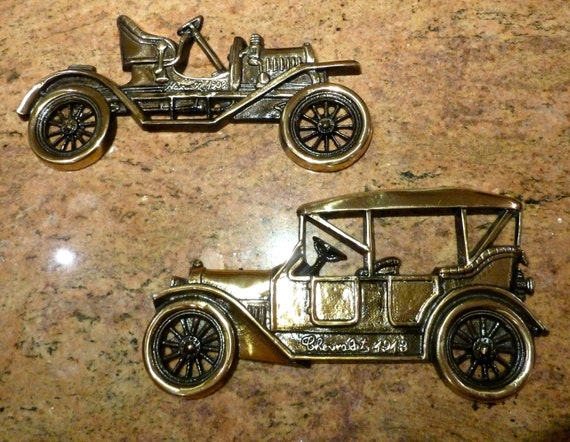 Vintage Auto Wall Decor : Vintage car wall hanging metal art plaque