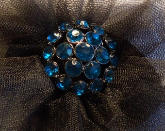 Aqua - crystal pin with a Tulle Bow
