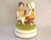 1974 Holly Hobbie Music Box 7 in tall Musical Happiness 1970's Vintage
